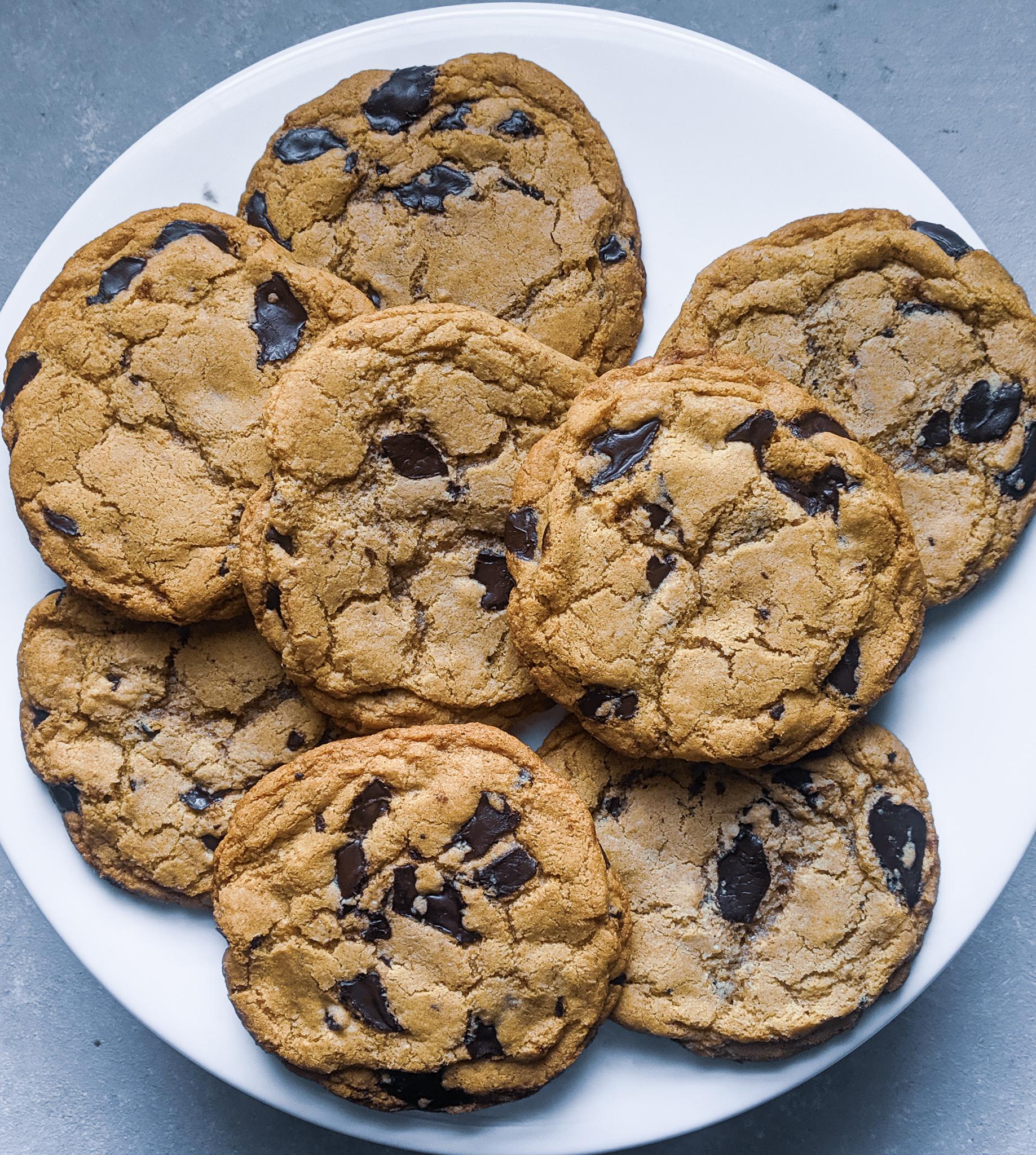 Soft & Crispy Gluten Free Chocolate Chip Cookie